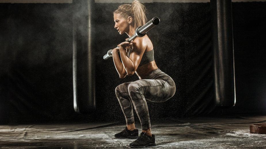 Ćwiczenia bazowe czy izolowane – które lepsze