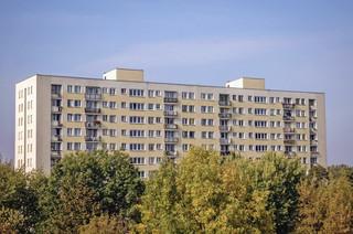 Rząd ratuje wielką płytę. Nowela ustawy pozwoli dofinansować renowacje budynków