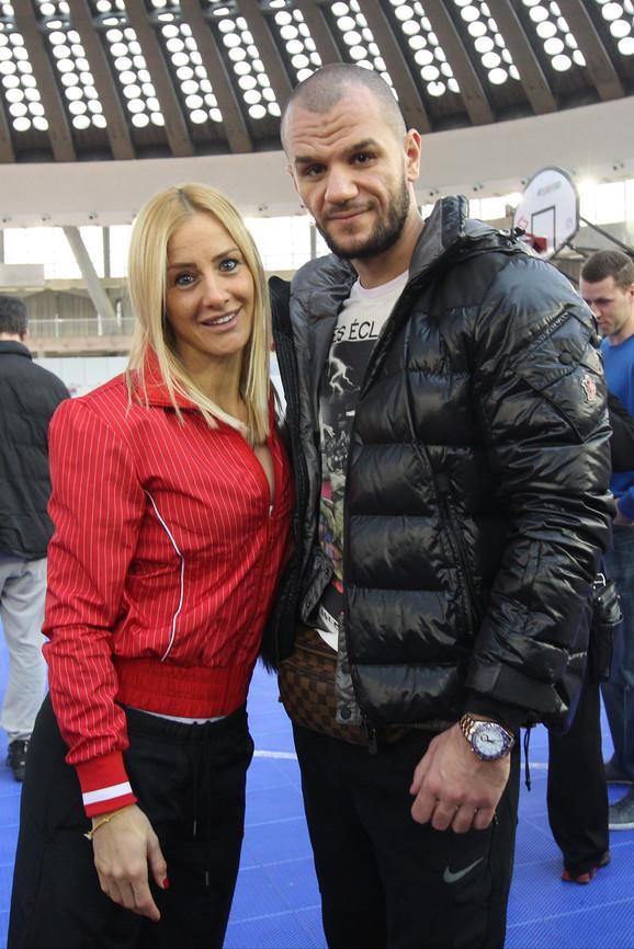 Milica sa dečkom Simonom