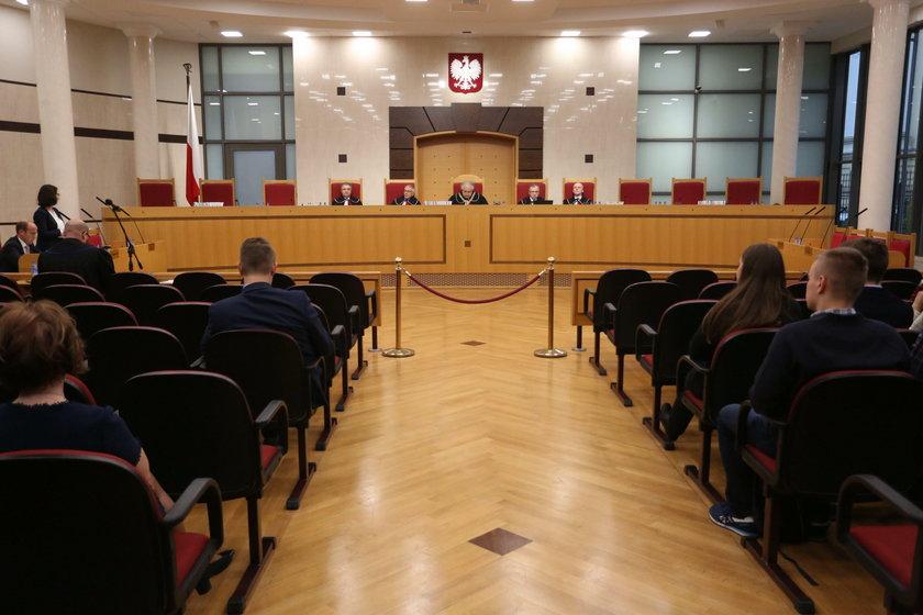 Sądy przeciwko nowemu Trybunałowi?