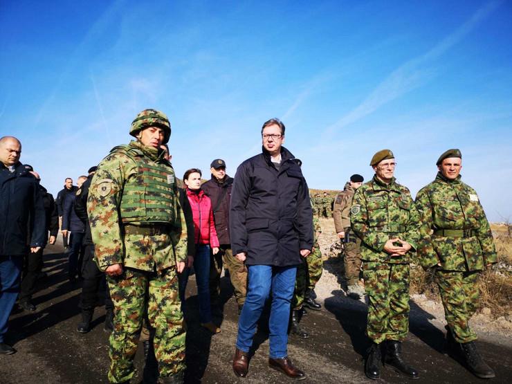 Aleksandar Vučić, Vojska Srbije, Vek pobednika, Pasuljanske livade