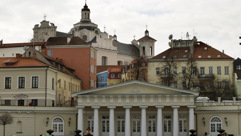 Polscy dyplomaci i Polonia uhonorowali polskich żołnierzy na Wileńszczyźnie