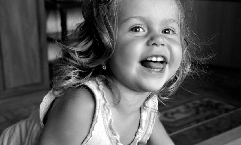 2,5-letnia Kornelia wypadła z okna