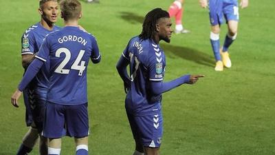 Alex Iwobi grabs goal and an assist in Everton's League Cup win
