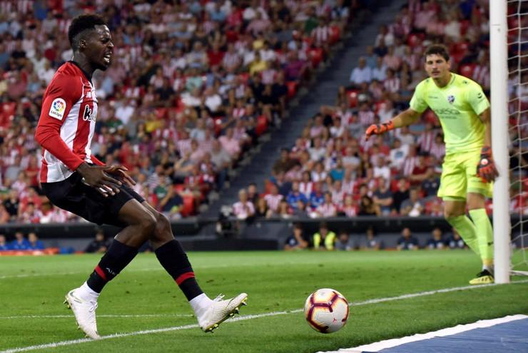 FK Bilbao, FK Ueska