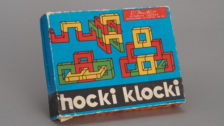 """Zestaw do zabawy """"Hocki klocki"""", II połowa XX w., przed 1975, Wytwórnia Zabawek i Wyrobów Zdobniczych E. Manitius, MHW 30721/a-b"""