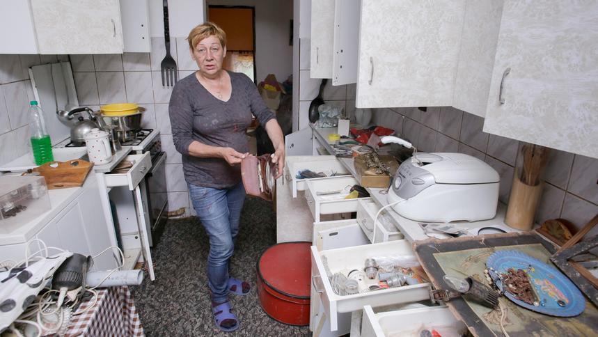 af7866fd7eb99 Violetta Villas. Jej dom popada w ruinę