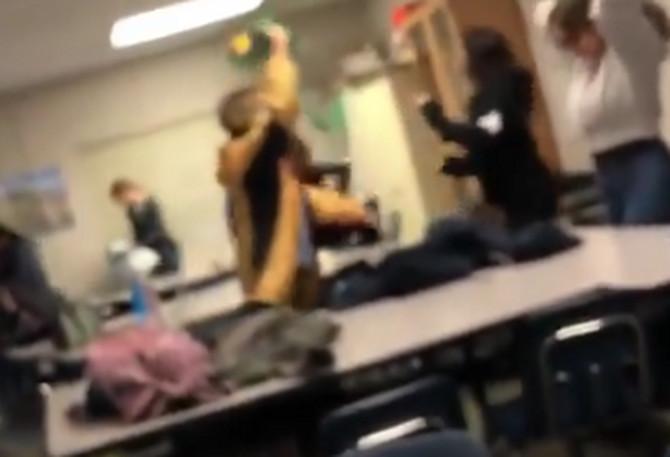 Scena iz učionice skandalizovala je naciju