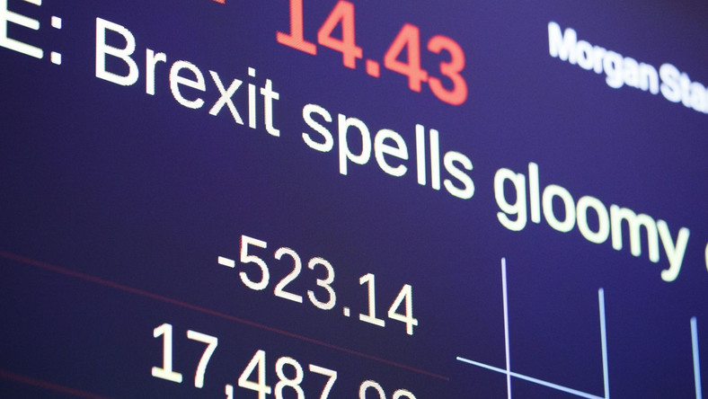 Notowania Dow Jones ostro w dół