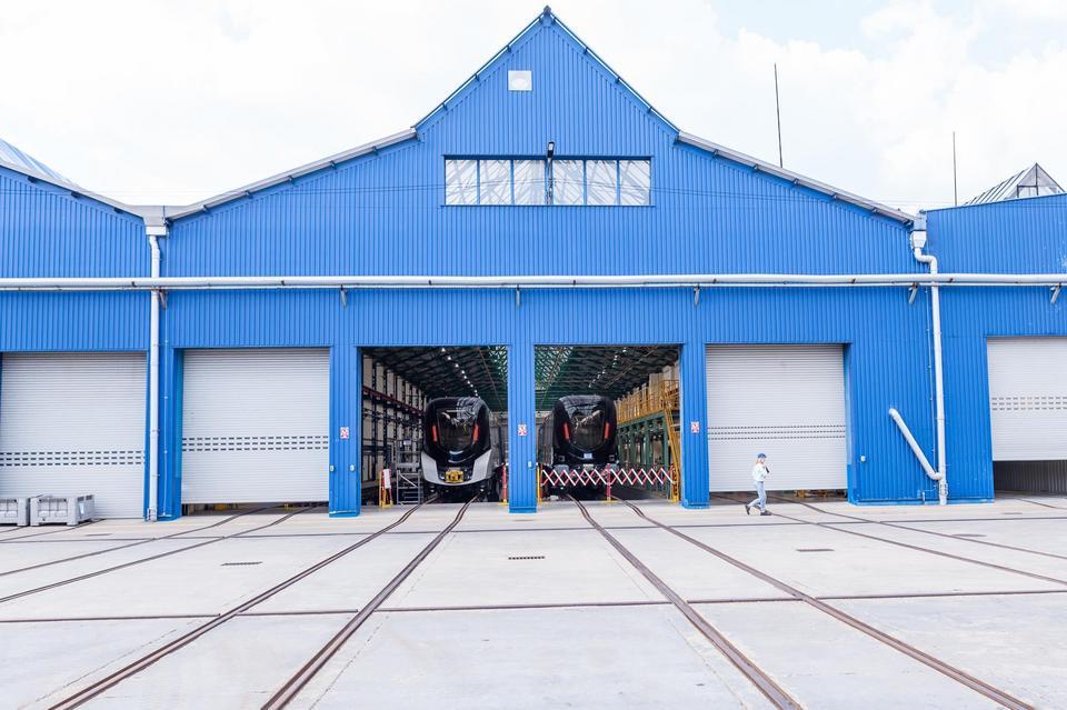 Pierwszy skład opuścił fabrykę 10 stycznia br. W trakcie produkcji jest 12 kolejnych pociągów.