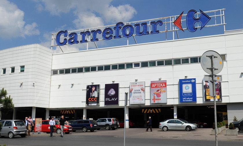 Carrefour się zmienia