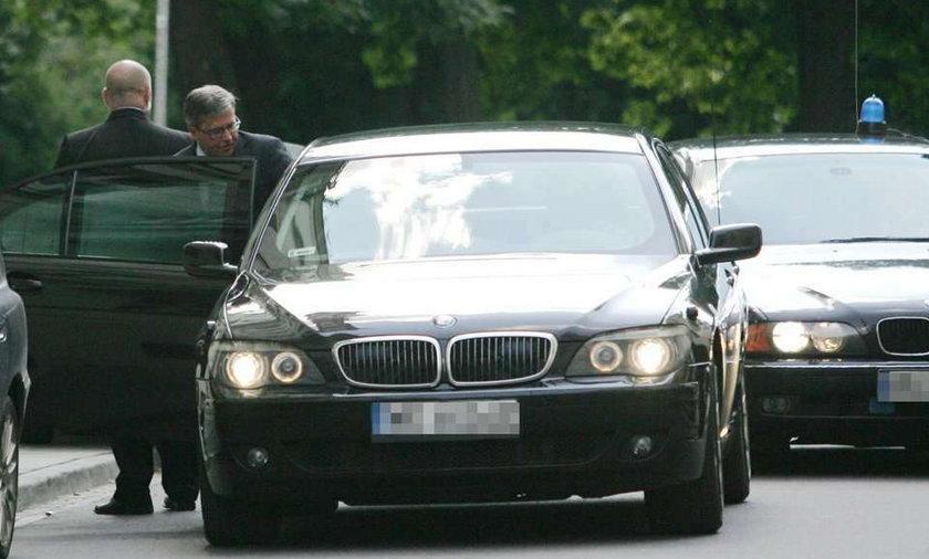 Prezydent zrezygnuje z limuzyn