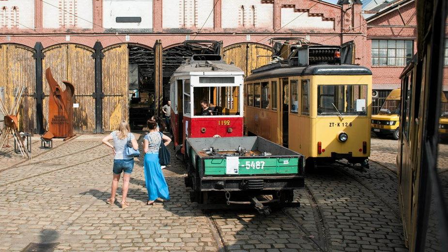 Zabytkowa zajezdnia tramwajowa na Popowicach