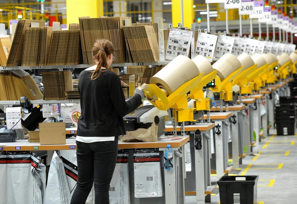 Dodatkowo Amazon chce w tym roku zatrudnić w Polsce 10 tys. pracowników sezonowych.