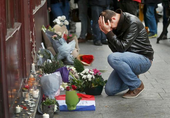 Tuga, strah i očaj u Parizu