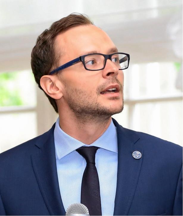 Adam Czerniak, doktor nauk ekonomicznych specjalizujący się w sprawach mieszkalnictwa, kierownik Zakładu Ekonomii Instytucjonalnej i Politycznej SGH, dyrektor ds. badań Polityka Insight.