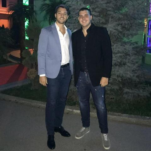 ŠTA ĆE REĆI BRENA? Stefan i Viktor se bahate na Instagramu! Šokantna fotografija uzburkaće javnost!