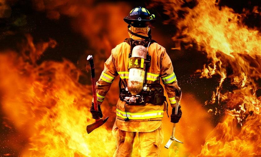 W Żaganiu wybuchł pożar. Nie żyją dwie osoby