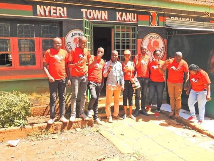 Billian Ojiwa leading the Kanu Youth congress in Nyeri