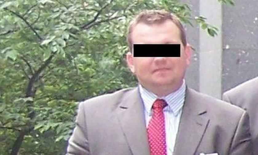 Asystent europosła PiS oskarżony o stręczycielstwo!