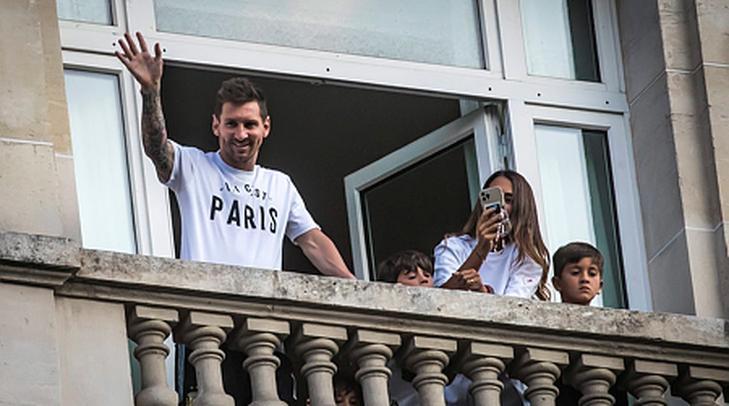 Barcelona: könnyek között búcsúzott Lionel Messi