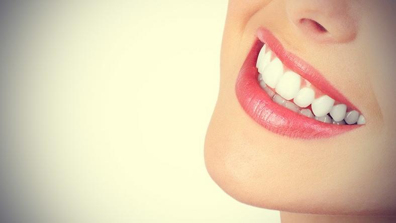 Beauty Video The Best Way To Whiten Your Teeth Yourself Pulse Nigeria