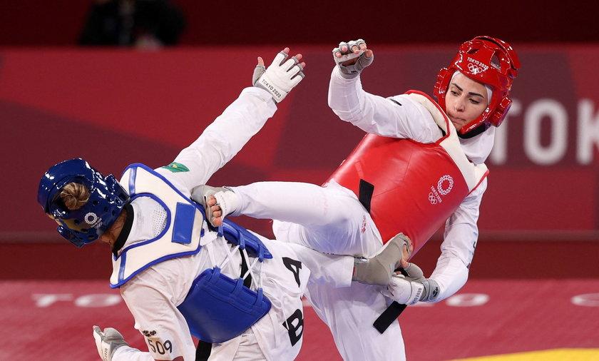 Julyana Al-Sadeq z Jordanii przegrała pierwszy pojedynek w Tokio z Mileną Titoneli z Brazylii, ale i tak zyskała popularność