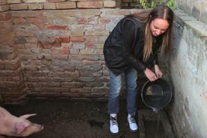 OVO JOJ ZAPRAVO NIJE PRVI RIJALITI: Evo kako se Luna Đogani snalazila na FARMI!