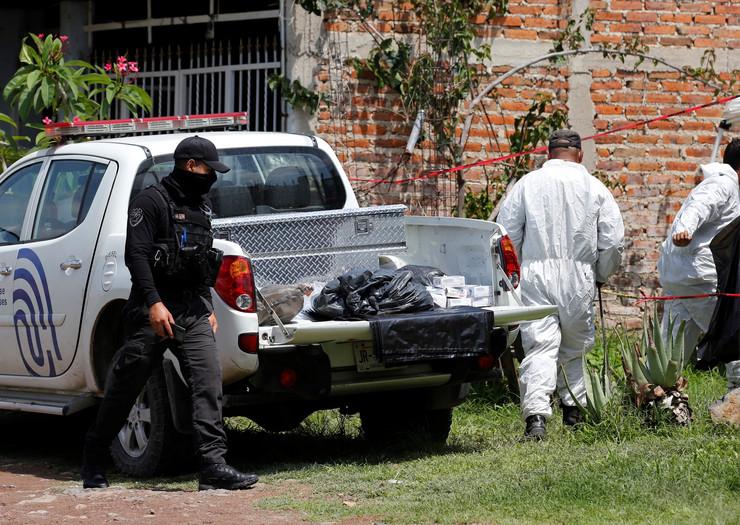 Meksiko policija 20200717 epa francisco guasco el salto Di019723520