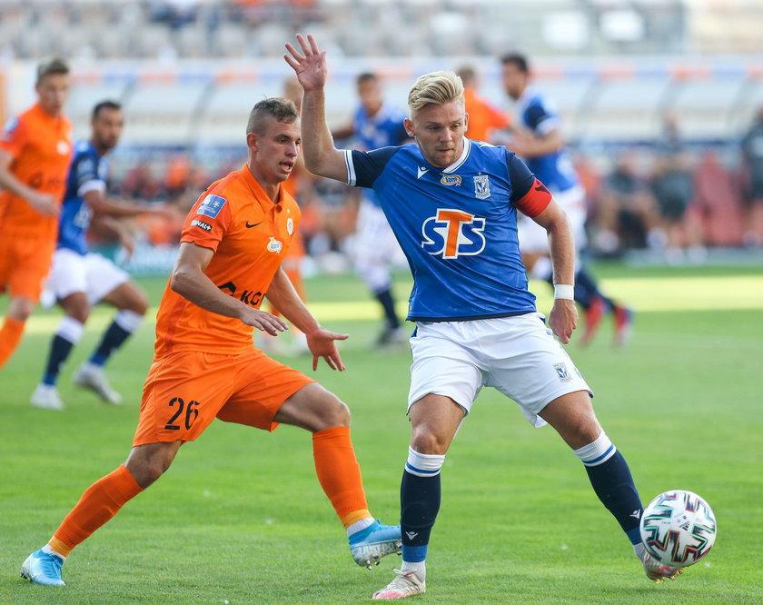 Kamil Jóźwiak debiutował w ekstraklasie w lutym 2016 roku, od tamtej pory rozegrał w polskiej lidze 104 mecze, strzelił w nich 15 goli.