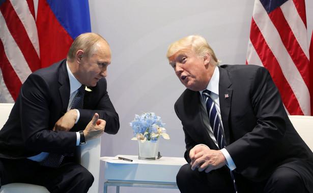 Podczas oficjalnego spotkania prezydentów Trump wyraźnie naciskał na Putina, dopytując go o ingerencję Rosji w wybory prezydenckie w Stanach Zjednoczonych w 2016 roku