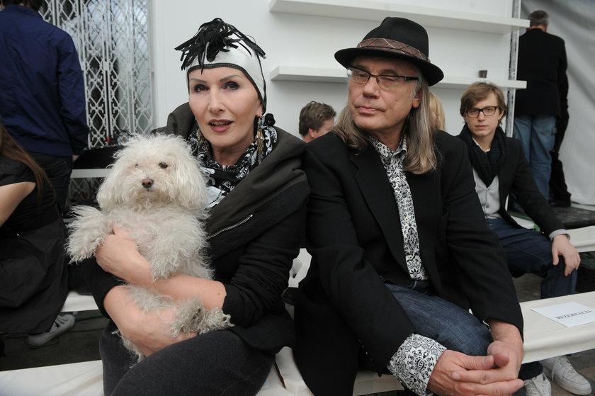 Kamil Sipowicz z żoną i psem