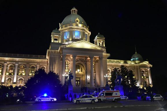 Policija ispred Doma Narodne skupštine