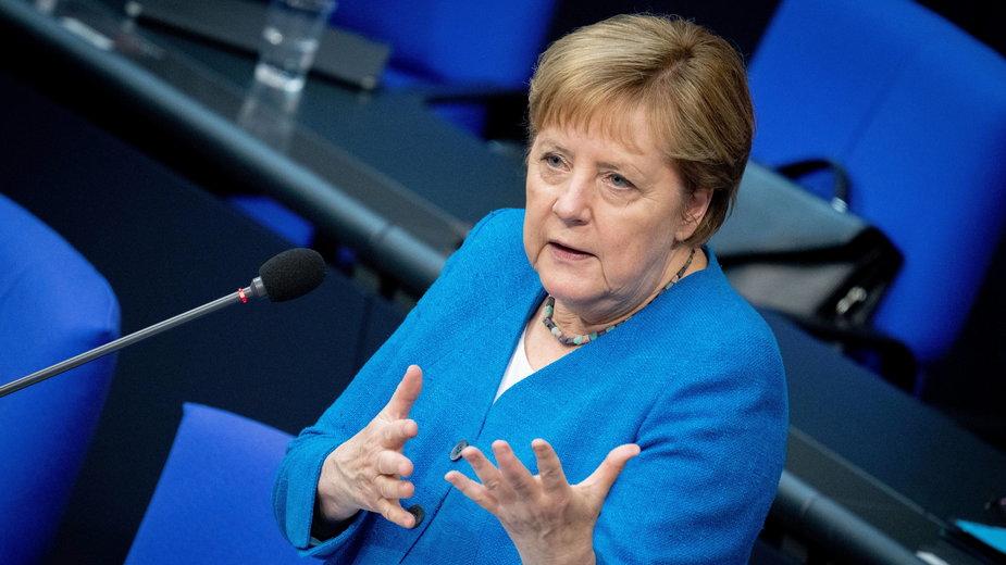Angela Merkel przemawia w Bundestagu