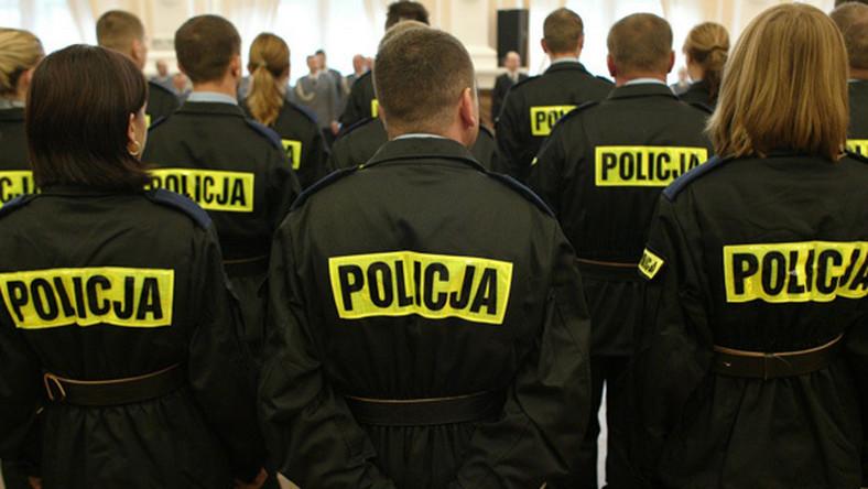 Rządowe oszczędności zniszczą policję
