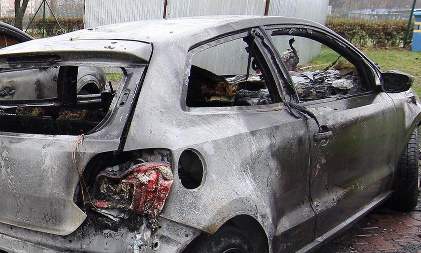 W Katowicach płonęły auta