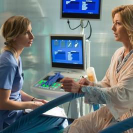 """""""Na dobre i na złe"""": nieplanowana ciąża nowej pacjentki. Czy doktor Mandel zdoła uratować jej dziecko?"""