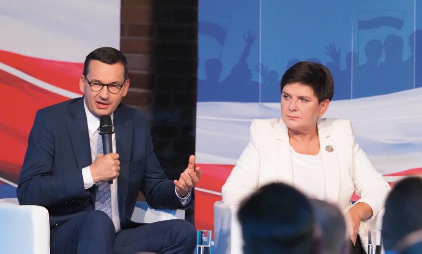 Premier Mateusz Morawiecki i była premier Beata Szydło