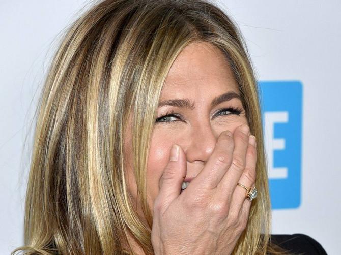 Holivud traži dečka za Dženifer: Evo na koga se najviše tipuje