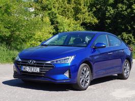 Hyundai Elantra 1.6 MPI - z wolnossącym benzyniakiem może pokonać diesle konkurencji | TEST