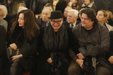 Zorica Brunclik ne može da se smiri nakon komemoracije: Plače i jeca za kumom Šabanom