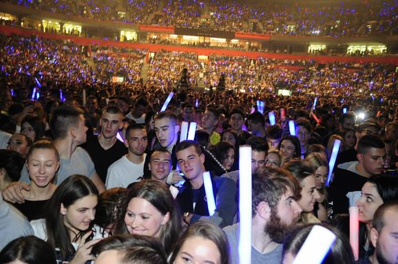 Puna Arena na spektaklu Maje Berović