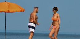 Rutkowski z ukochaną na plaży! Miłość kwitnie!