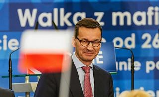 """Samorządowy sukces PiS wprowadzi """"dobrą zmianę"""" na nowe tory. Ważą się losy kilku reform i Morawieckiego"""