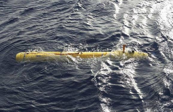 Potraga: Dosadašnja zaranjanja nisu donela nove podatke o nestalom avionu
