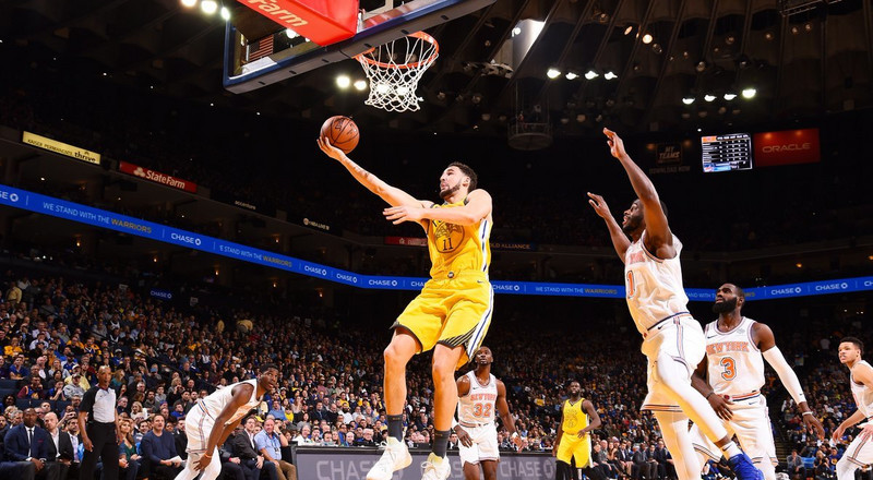 Klay Thompson leads Warriors to win against Knicks