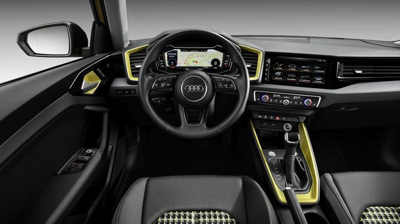Audi A1 - w standardzie cyfrowy kokpit z ekranem 10.25 cala