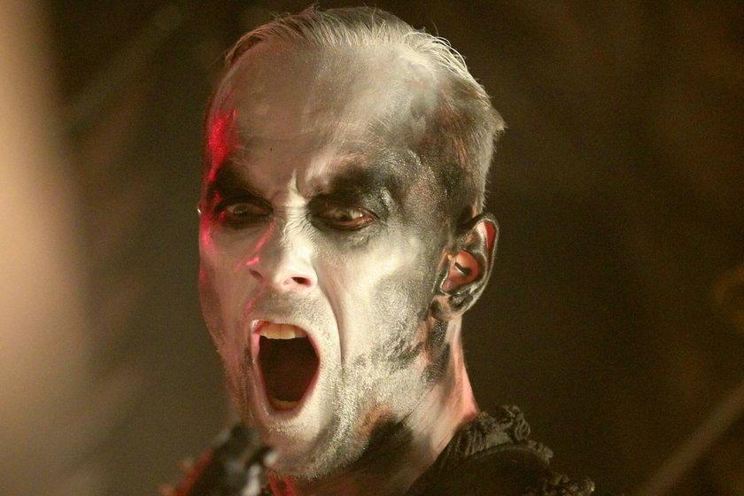Nergal niezadowolony ze swojego domu