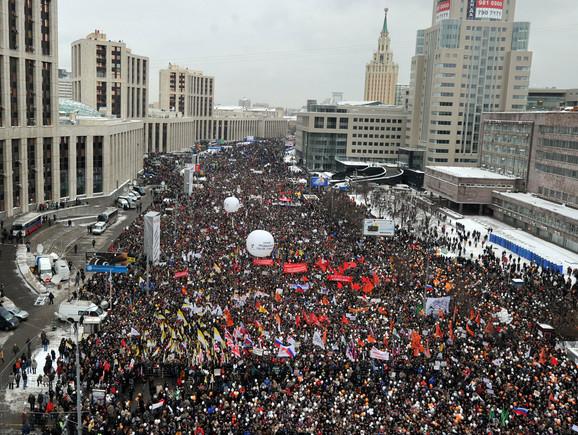 Procene o broju učesnika protesta u Moskvi se kreću od 28.000 do 60.000