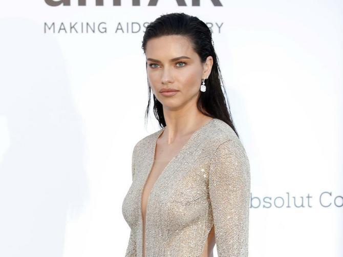 Liminu haljinu nosile bi mnoge žene u Srbiji: Ali se pravi spektakl krije NA NJENIM NOGAMA
